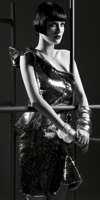 http://w30mais.files.wordpress.com/2010/09/096_mayana-moura-atriz-celebridade-novela-passione-imagem-modelo.jpg?w=350&h=699